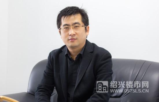 金地集团绍兴自在城助理总经理 冯杨