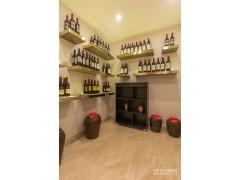 世茂天樾排屋样板房酒窖