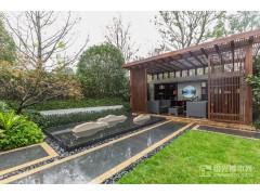 世茂天樾排屋样板房庭院