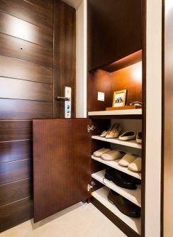 样板房89�O:鞋柜