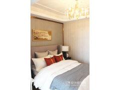 建面127�O卧室