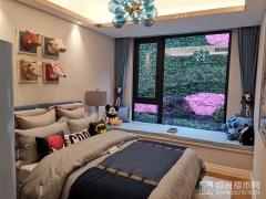 建面120�O卧室