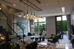 样板房 院墅建面117�O餐客厅