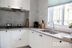 样板房 建面约124�O:厨房