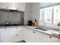 建面约124�O:厨房