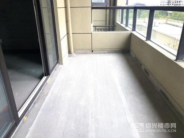 恒宇锦园建面约140㎡阳台实景图