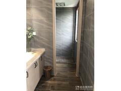 排屋建面180㎡:卫生间