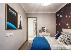 建面105�O卧室