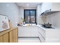 建面105�O厨房