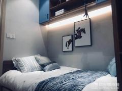面约60�O:卧室