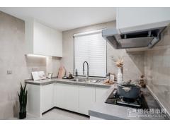 建面约98�O:厨房